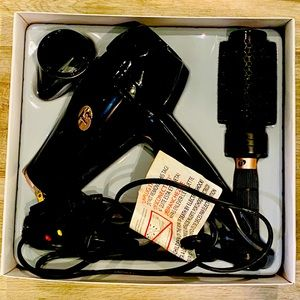 T3 Featherweight Blowdryer LIKE NEW CONDITION